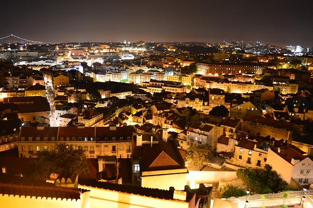 Lisbona-lisbon-1146098_640