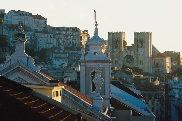 Lisbona-lisbon-483261_640