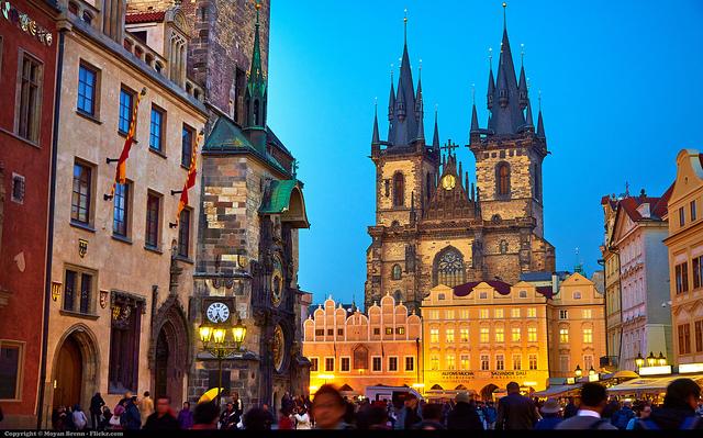 Praga-6365085391_a5bbbeecea_z