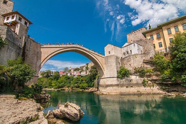 balcani-bosnia-1111419_640