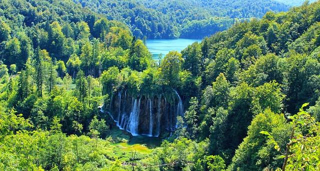 Balcani-lake-1272673_640