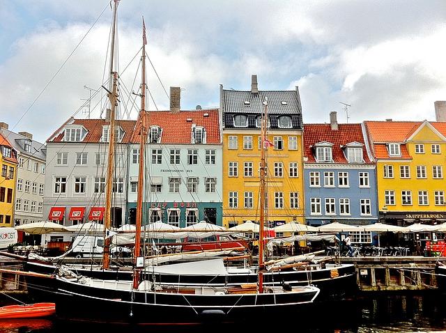Copenaghen-nyhavn-1477146_640