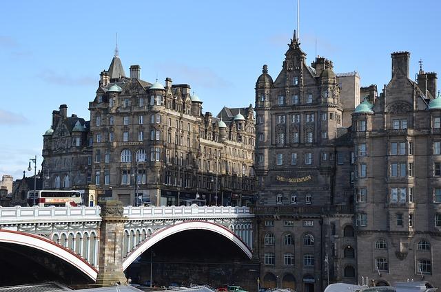 Edimburgo-scotland-859332_640