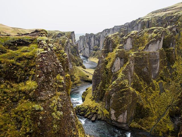 Islanda-tectonic-plates-569347_640