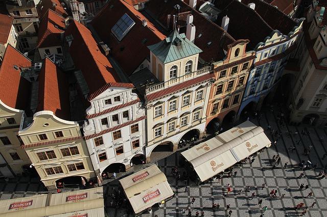 Praga-buildings-1207824_640