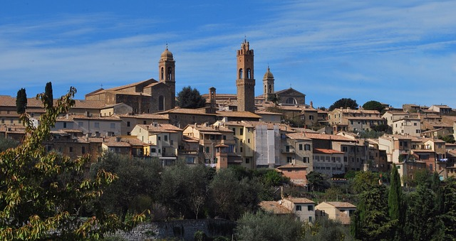 siena-montalcino-509181_640