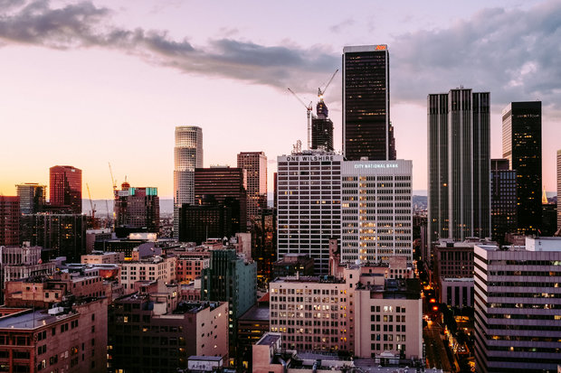 los angeles-A photo by Owen CL. unsplash.com/photos/boLgiM0qwkg