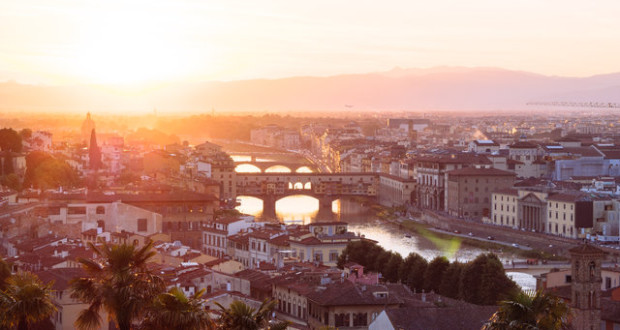 Firenze- A photo by Mark Tegethoff. unsplash.com/photos/l-GmdF7Md0o