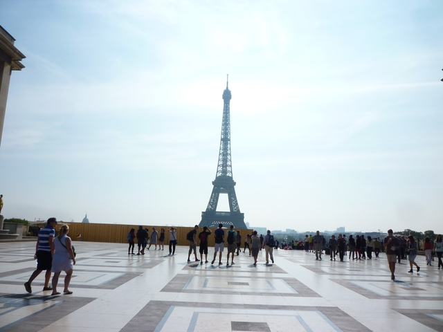 Parigi-photo-1416655046193-16bc1b0e35