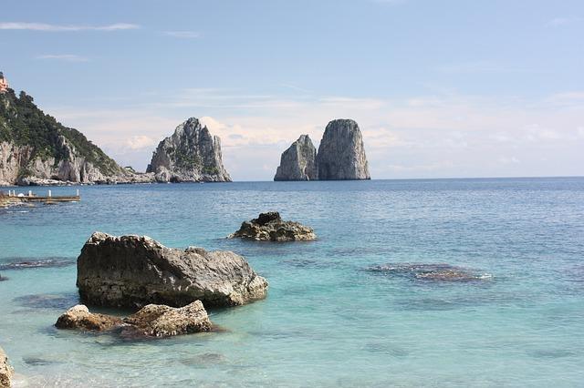 Capri, Faraglioni-Iena1